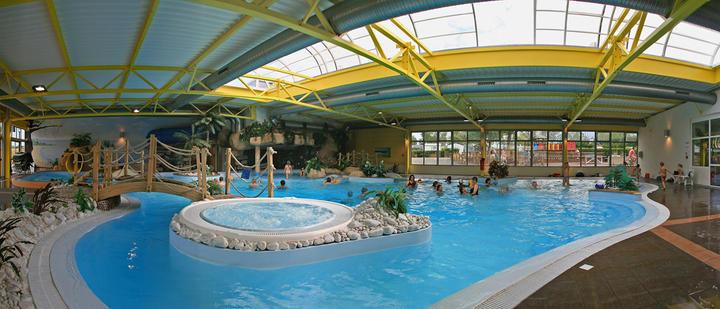 Espace aquatique en vend e camping le bel air for Camping berck sur mer avec piscine couverte